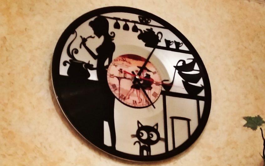 Анонс серии статей «Внутренняя кухня производства часов из виниловых пластинок»